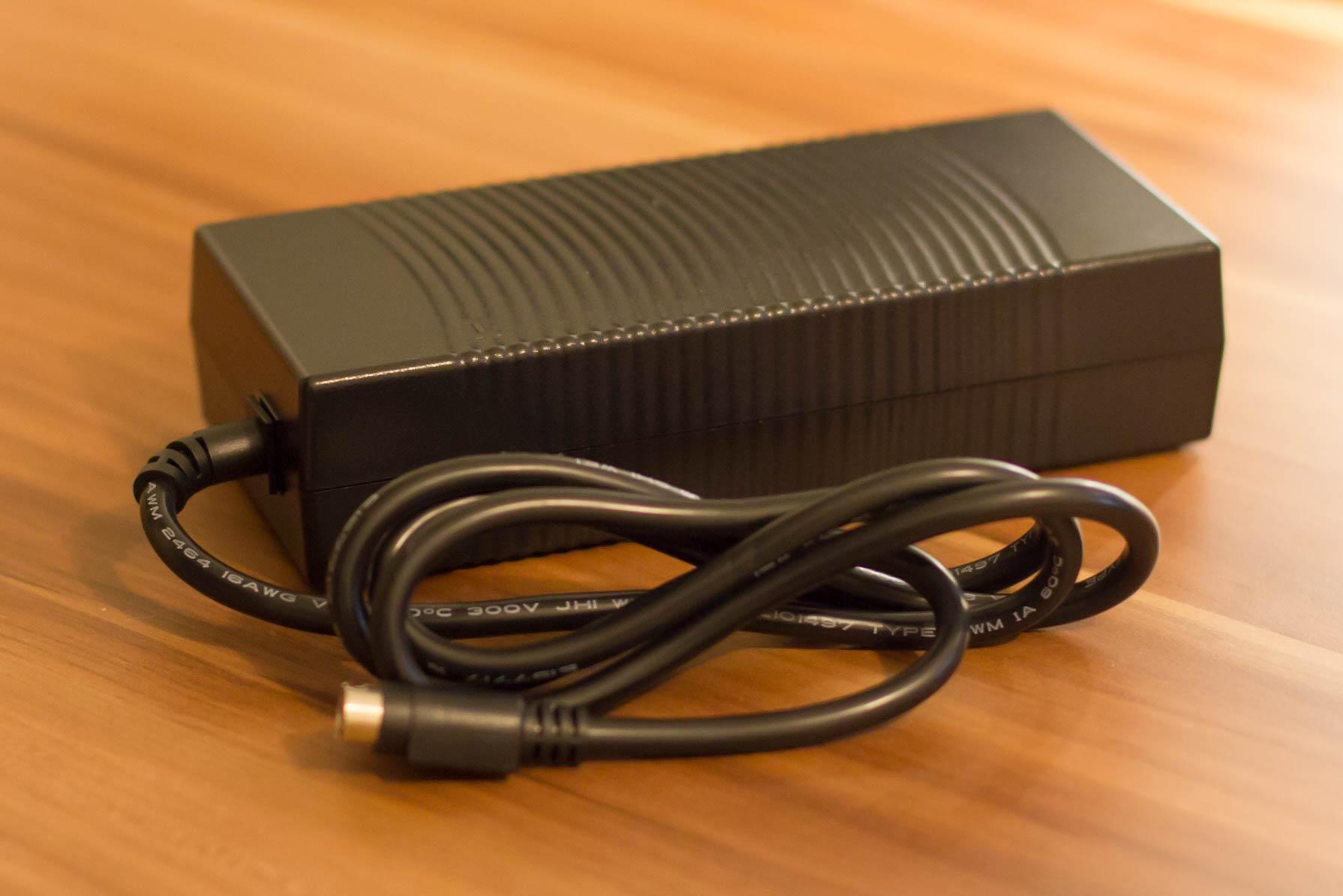 Adapter für den PicoPSU 160-XT